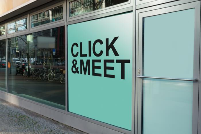 Click & Meet Schriftzug am Laden