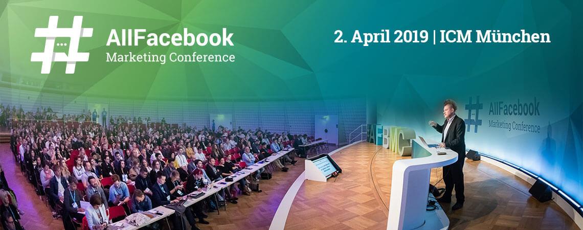 Überblick auf Konferenz mit Publikum und Speaker