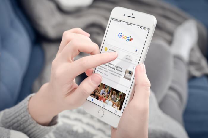 Google auf einem Smartphone