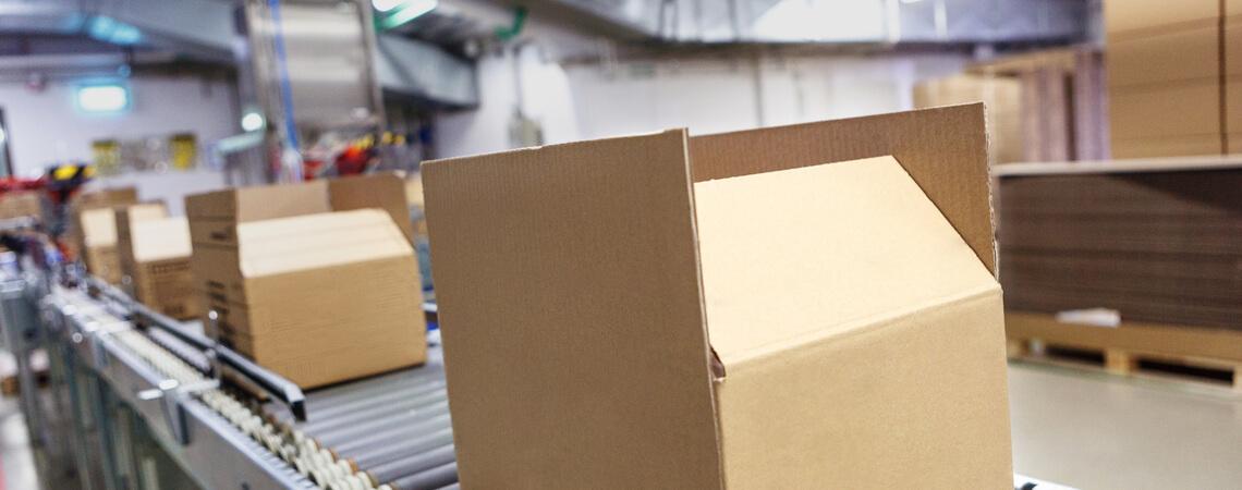 Pakete werden gepackt