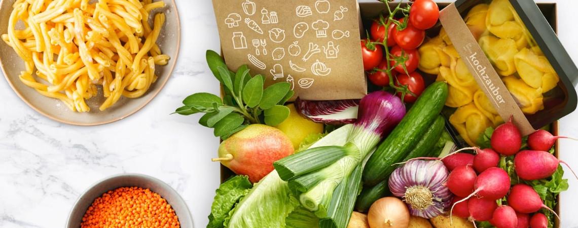 Lebensmittelbox von Kochzauber auf einem Tisch