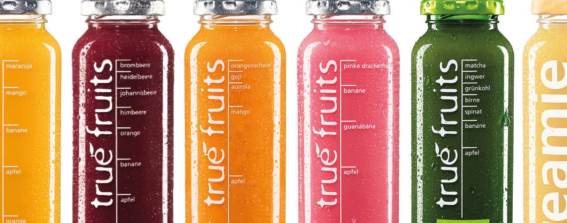 Verschiedene Smoothies der Firma True Fruits