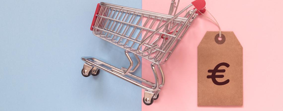 Einkaufswagen mit Preisschild