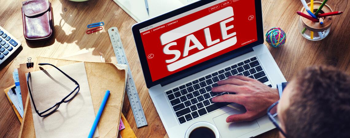 Sale-Display auf einem Laptop