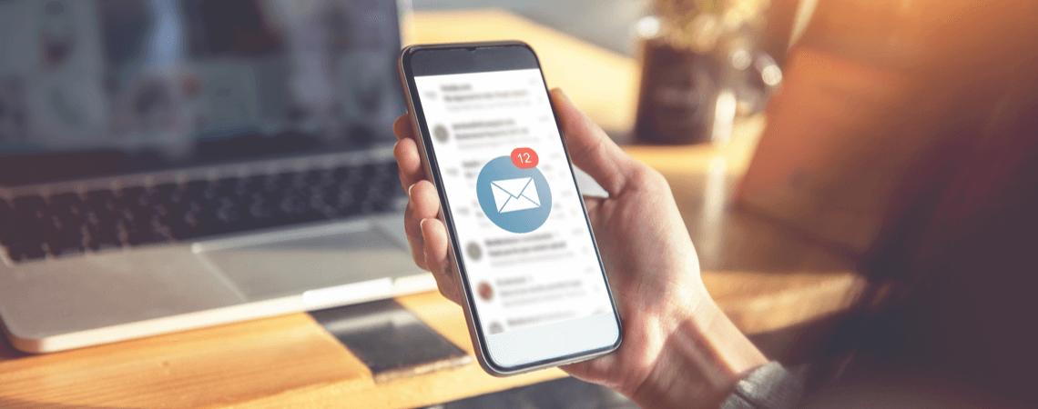 E-Mail auf Smartphone