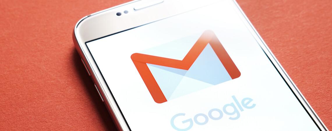 Gmail-App auf Smartphone.