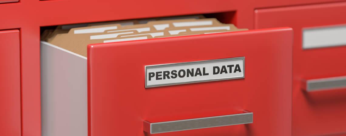 Offene Aktenschublade Personenbezogene Daten