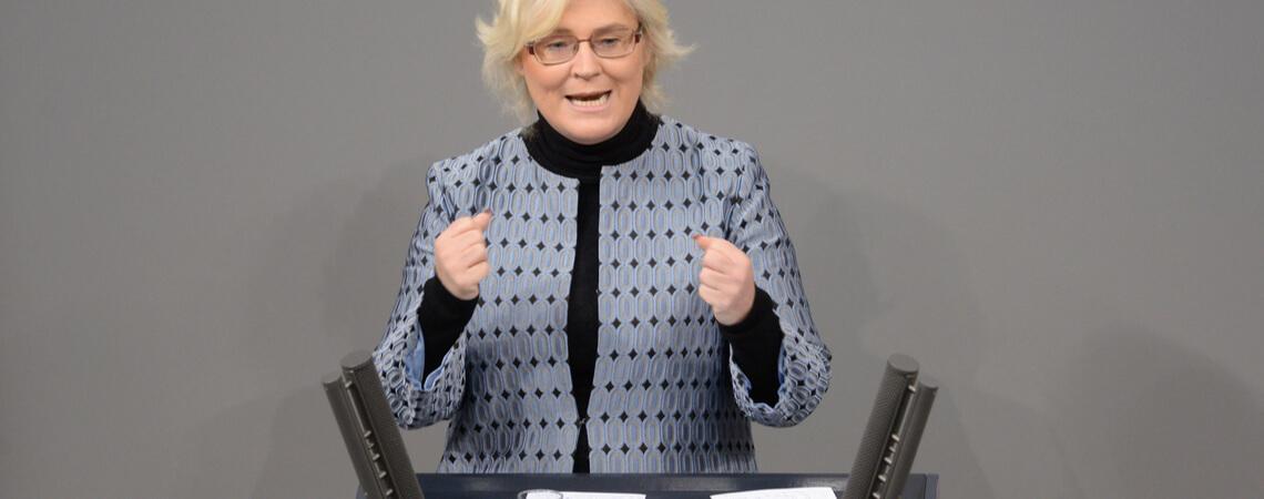 Christine Lambrecht bei einer Rede im Bundestag