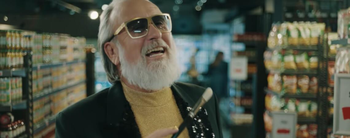 Screenshot aus dem neuen Edeka-Video mit Friedrich Liechtenstein