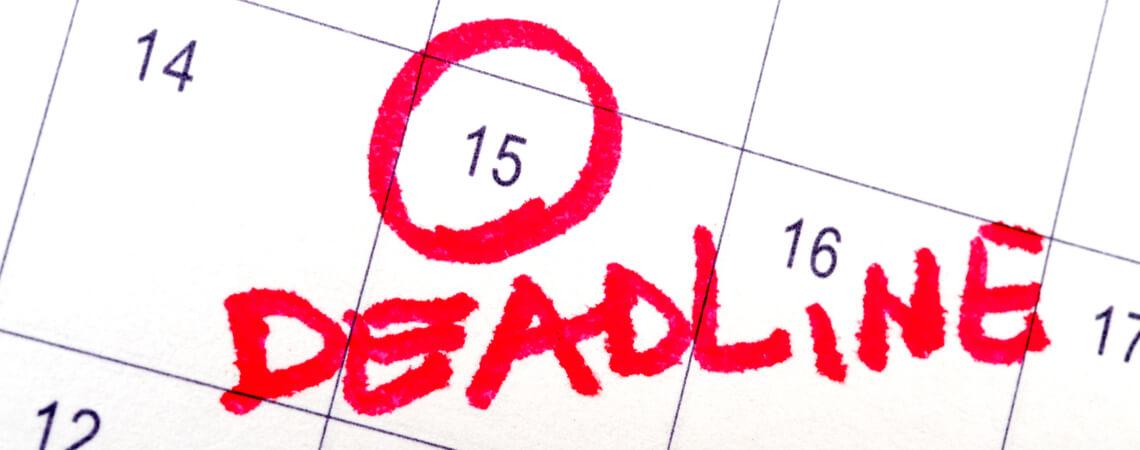 Deadline auf Kalender am 15.