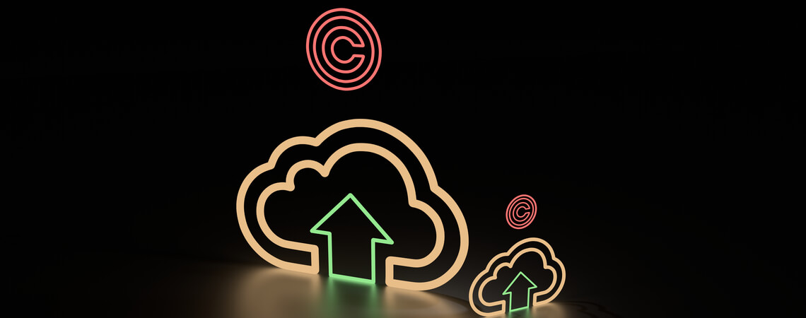 3d-Illustration eines Uploads von urheberrechtlich geschützten Werken