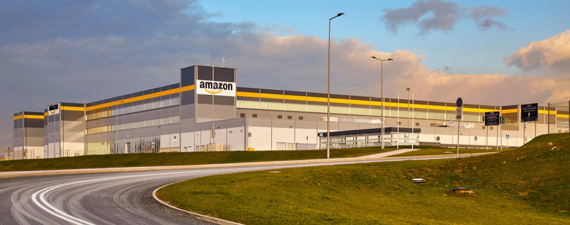 Amazon Center im Sonnenuntergang