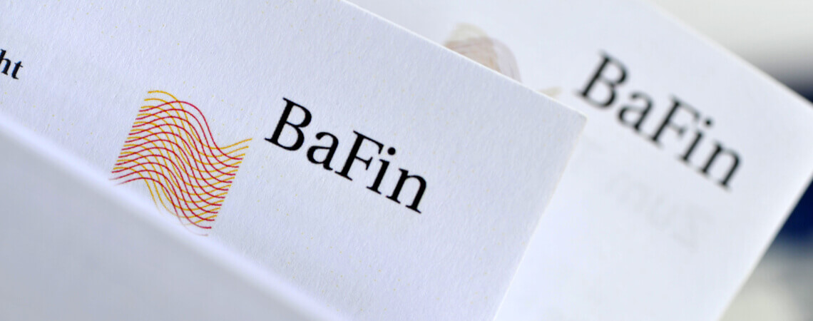 Dokumente mit Logo der BaFin