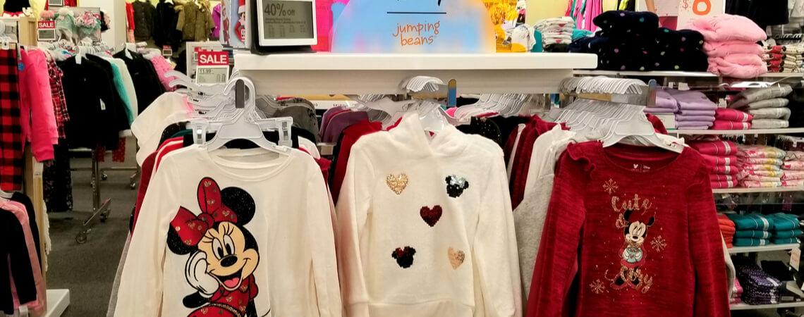 Pullover mit Disney-Motiven