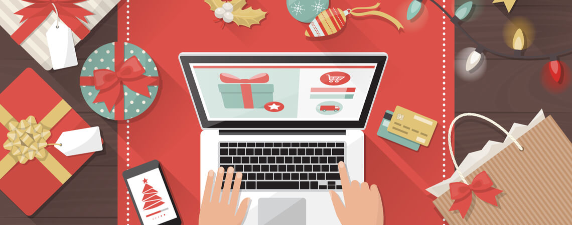 Weihnachtliches Shopping am Laptop