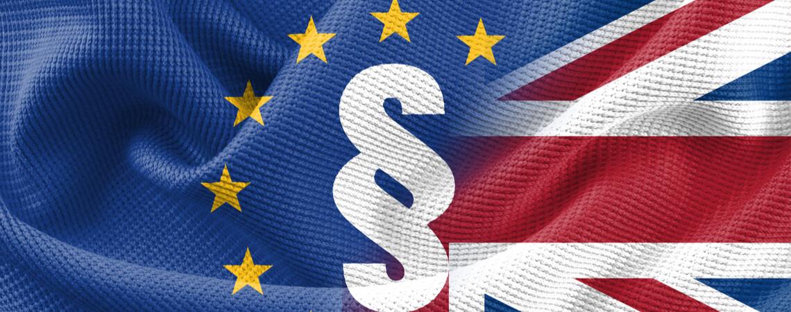 UK und EU Flagge mit §-Zeichen
