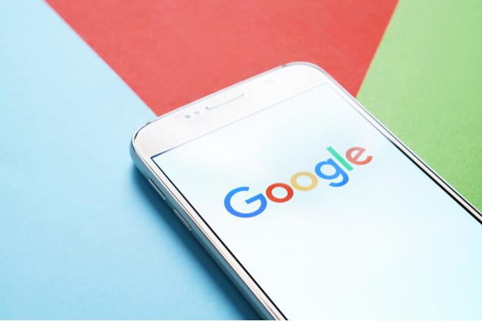 Google Logo Smartphone