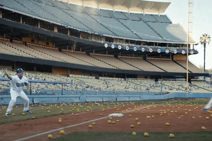 Football-Feld mit Zitronen