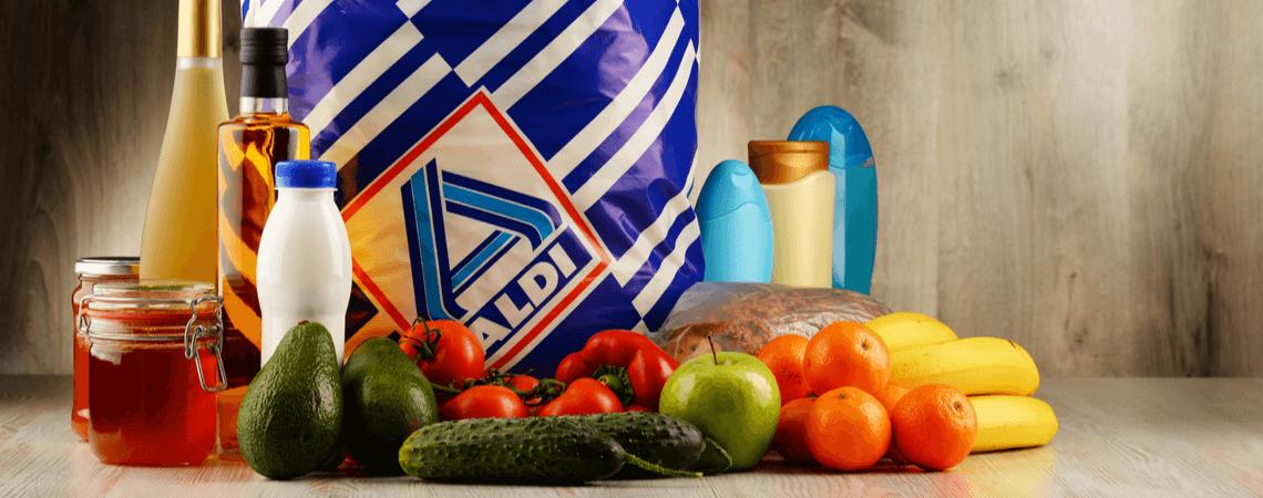 Aldi-Tüte mit Lebensmittel