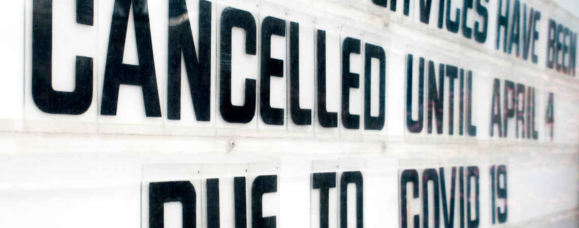 Amerikanisches Kinodisplay mit Cancelled-Schriftzuf