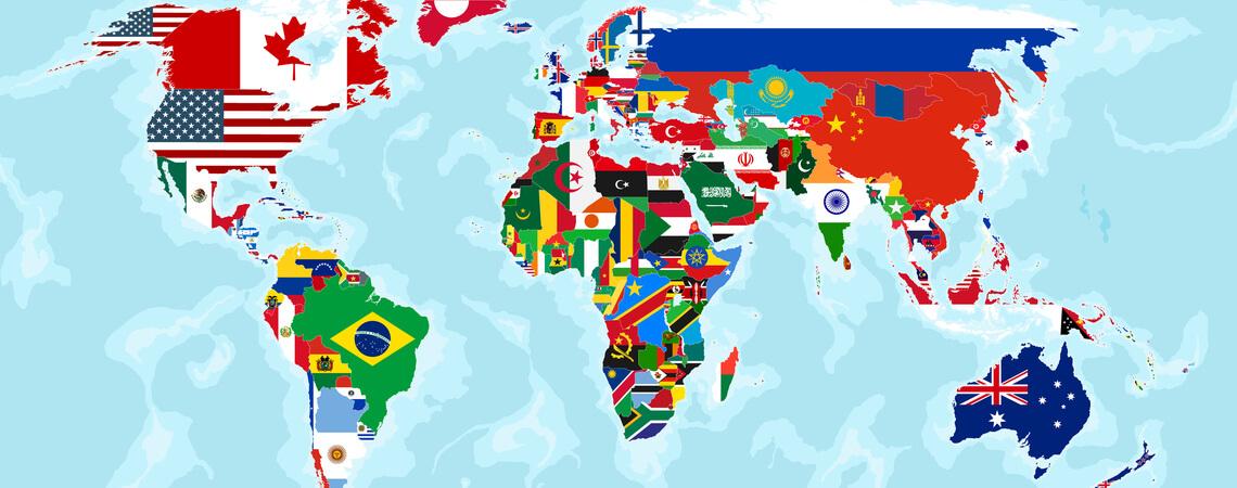 Weltkarte mit Flaggen