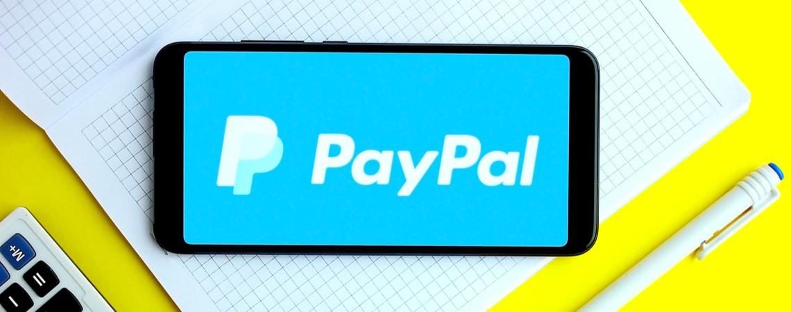 Paypal-Logo auf Smartphone