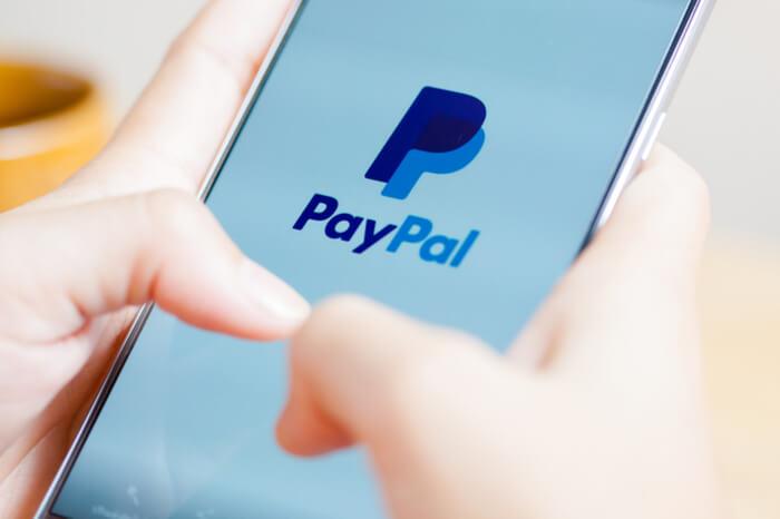 PayPal auf einem Smartphone