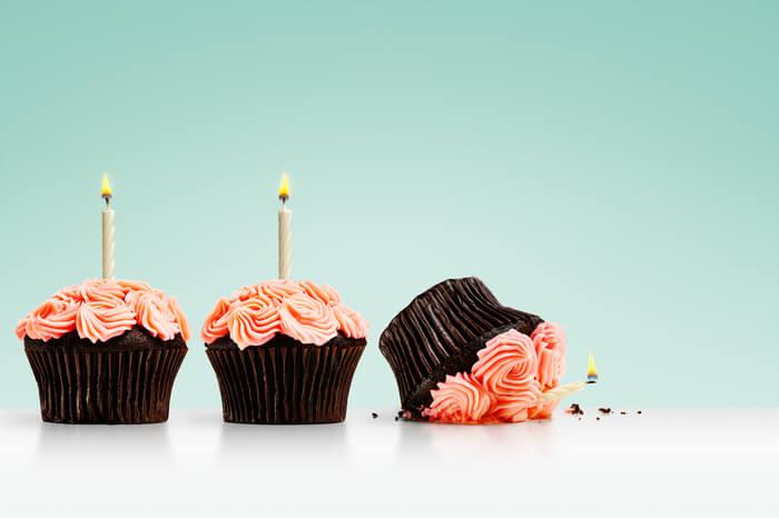 Umgefallener Geburtstags-Cupcake