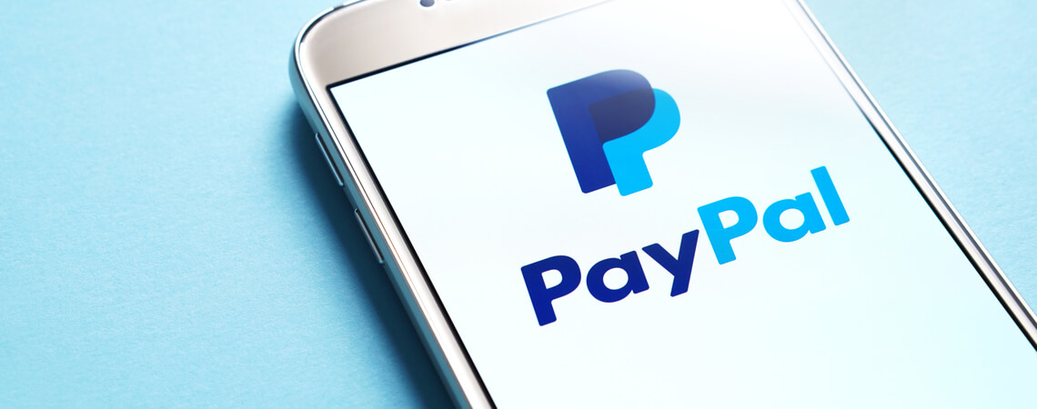 PayPal Logo Smartphone