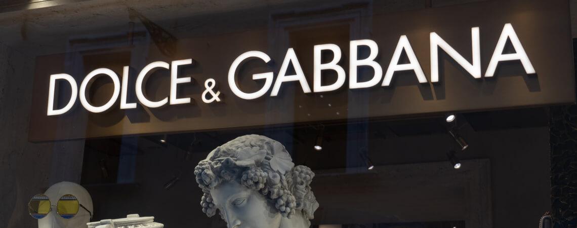 Dolce & Gabbana Schriftzug eines Geschäfts