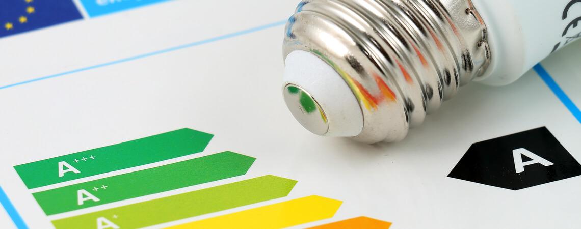 Energieeffizienzlabel mit Glühlampe